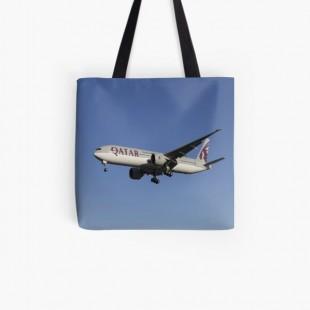 Qatar Airways Boeing 777 3DZ Tote Bag-by londonimages
